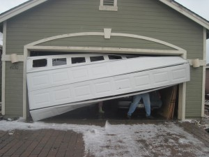 garage-door-crashed-repair-service-greenwood-co
