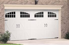 residential-garage-door-carriage-installation-erie-co