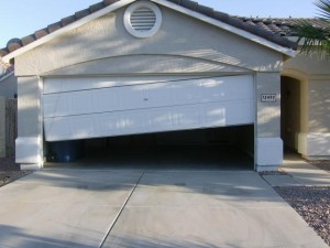 repair-garage-door-off-tracks-sedalia-co